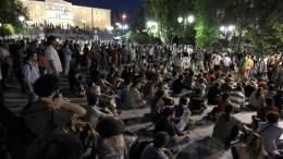 """File Photo: Οι """"Αγανακτισμένοι"""" στην Πλατεία Συντάγματος. ΑΠΕ-ΜΠΕ, ΠΑΝΤΕΛΗΣ ΣΑΙΤΑΣ"""