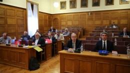 Βουλευτές συμμετέχουν στην Ειδική Κοινοβουλευτική Επιτροπή για τη Διενέργεια Προκαταρκτικής Εξέτασης κατά του Πρώην Υπουργού Ιωάννη Παπαντωνίου, για την Ενδεχόμενη Τέλεση Αδικημάτων στο Πλαίσιο Σύναψης Συμβάσεων Εξοπλιστικών Προγραμμάτων του Υπουργείου Εθνικής Aμυνας. ΑΠΕ-ΜΠΕ, ΑΛΕΞΑΝΔΡΟΣ ΒΛΑΧΟΣ