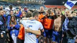 Ο παίκτες του Ηρακλή πανηγυρίζουν μετά το τέλος του  αγώνα Ηρακλής - Παναιτωλικός για την 29η αγωνιστική του πρωταθλήματος της Σούπερ Λίγκα στο γήπεδο Καυταντζόγλειο στη Θεσσαλονίκη. Κυριακή 23 Απριλίου 2017. Τελικό αποτέλεσμα Ηρακλής - Παναιτωλικός 2-1.  ΑΠΕ ΜΠΕ/PIXEL/ΜΠΑΡΜΠΑΡΟΥΣΗΣ ΣΩΤΗΡΗΣ