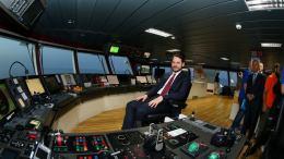 File Photo: Ο γαμπρός του Ερντογάν και υπουργός Ενέργειας της Τουρκίας στο Barbaros. Φωτογραφία τουρκικό υπουργείο Ενέργειας.