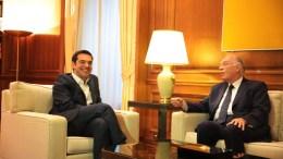 File Photo: Ο πρωθυπουργός Αλέξης Τσίπρας (Α) συνομιλεί με τον πρόεδρο της Ένωσης Κεντρώων Βασίλη Λεβέντη (Δ) στο Μέγαρο Μαξίμου. ΑΠΕ-ΜΠΕ, ΑΛΕΞΑΝΔΡΟΣ ΒΛΑΧΟΣ