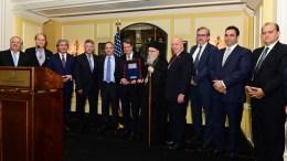 "FILE PHOTO: Ο Πρόεδρος της Κυπριακής Δημοκρατίας, Νίκος Αναστασιάδης, τιμήθηκε από την ΠΣΕΚΑ με το βραβείο ""Συρματόπλεγμα"" (Barbed Wire Award) στη διάρκεια του επίσημου δείπνου του ετήσιου συνεδρίου της το βράδυ της Τετάρτης 7 Ιουνίου 2017 στην Ουάσιγκτον. Τιμήθηκαν επίσης ο Προσωπάρχης του Λευκού Οίκου Reince Priebus με το βραβείο ""Γεώργιος Παρασκευαΐδης"" και η πρόεδρος του American University, Sylvia Matthews -Burwell με το βραβείο ""Αθενς/Λιβανός"". © GANP, ΔΗΜΗΤΡΗΣ ΠΑΝΑΓΟΣ"