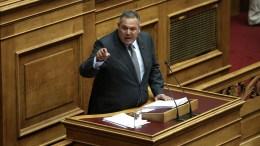 Ο υπουργός Εθνικής Άμυνας Πάνος Καμμένος στο βήμα της Βουλής. ΑΠΕ-ΜΠΕ, ΣΥΜΕΛΑ ΠΑΝΤΖΑΡΤΖΗ