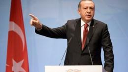Turkish President Recep Tayyip Erdogan. EPA, CLEMENS BILAN