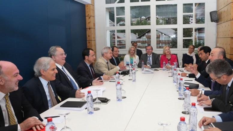 Στιγμιότυπο από τη διάσκεψη για το Κυπριακό στο Crans Montana της Ελβετίας. ΦΩΤΟΓΡΑΦΙΑ ΑΡΧΕΙΟΥ. ΑΠΕ-ΜΠΕ, ΚΥΠΕ, ΚΑΤΙΑ ΧΡΙΣΤΟΔΟΥΛΟΥ