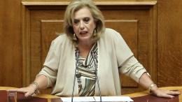 Η ανεξάρτητη πλέον βουλευτής, Θεοδώρα Μεγαλοοικονόμου, μιλάει στην Ολομέλεια της Βουλής. ΑΠΕ-ΜΠΕ/ΣΥΜΕΛΑ ΠΑΝΤΖΑΡΤΖΗ.