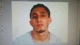 Ο ένας από τους συλληφθέντες, ο Ντρις Ουκαμπίρ Σοπρανό. Φωτογραφία ΠΡΩΤΟ ΘΕΜΑ