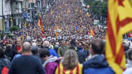 File Photo: Hundreds of people take part in a demonstration in support of a Catalan independence referendum, in Bilbao, Basque country, Spain, 30 September 2017. EPA, Javier Zorrilla