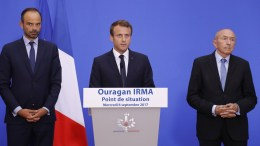 French President Emmanuel Macron (C), flanked by French Prime Minister Edouard Philippe (L) and French Interior Minister Gerard Collomb hold a press conference at the Interior Ministry in Paris, France, 06 september 2017. EPA, FRANCOIS GUILLOT / POOL