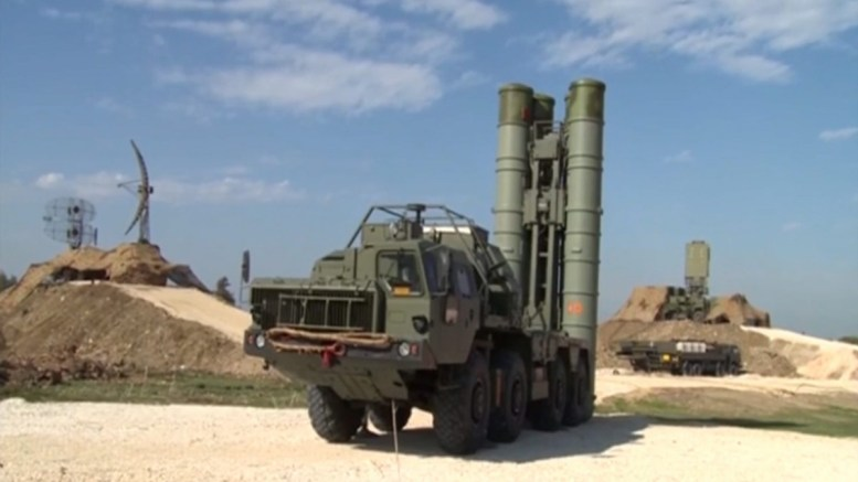 A handout frame grab from video footage released by the Russian Defence Ministry shows S-400 air defence missile system at the Hmeymim airbase outside Latakia, Syria. EPA/RUSSIAN DEFENCE MINISTRY PRESS SERVICE BEST QUALITY AVAILABLE HANDOUT EDITORIAL USE ONLY/NO SALES