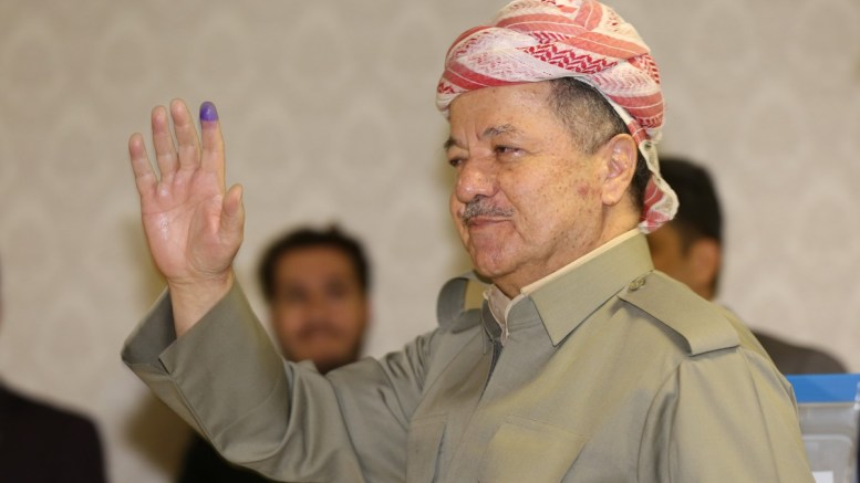 Φωτογραφία Αρχείου. Masoud Barzani, the president of Kurdistan Region, waves after voting for the independence Referendum in Kurdistan at a polling station in Pirmam City near Erbil Capital of the Kurdistan Region in Iraq, 25 September 2017. EPA/GAILAN HAJI