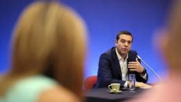 """Ο πρωθυπουργός Αλέξης Τσίπρας μιλά σε δημοσιογράφους κατά τη διάρκεια συνέντευξης τύπου στα πλαίσια της 82ης ΔΕΘ στο Συνεδριακό Κέντρο """"Ιωάννης Βελλίδης"""". Θεσσαλονίκη, Κυριακή 10 Σεπτεμβρίου 2017. ΑΠΕ-ΜΠΕ/ΓΡΑΦΕΙΟ ΤΥΠΟΥ ΠΡΩΘΥΠΟΥΡΓΟΥ/Andrea Bonetti"""