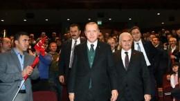 Ο πρόεδρος της Τουρκίας Ταγίπ Ερντογάν με τον πρωθυπουργό Μπιναλί Γιλντιρίμ. Φωτογραφία Τουρκική Προεδρία