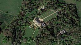 Μικρό αεροσκάφος συγκρούστηκε με ελικόπτερο στην Αγγλία. Φωτογραφία ΠΡΩΤΟ ΘΕΜΑ.