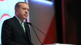 Ο ηγέτης του CHP κατηγορεί και πάλι συγγενείς του προέδρου Ερντογάν ότι μετέφεραν μεγάλα χρηματικά ποσά σε υπεράκτια εταιρεία. Φωτογραφία τουρκική προεδρία.