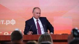 Ο Ρώσος πρόεδρος Πούτιν κατά την  διάρκεια συνέντευξης Τύπου. Φωτογραφία ρωσική προεδρία.