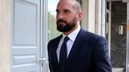 Ο Δημήτρης Τζανακόπουλος προσέρχεται στα γραφεία του ΣΥΡΙΖΑ. ΑΠΕ-ΜΠΕ/Παντελής Σαίτας