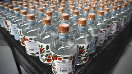 FILE PHOTO. Το αλκοόλ μπορεί να κάνει μόνιμη ζημιά στο DNA αυξάνοντας τον κίνδυνο καρκίνου, σύμφωνα με νέα μελέτη. EPA/NIC BOTHMA