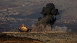 Στις αεροπορικές επιδρομές που εξαπέλυσαν τουρκικά μαχητικά στοχοθετήθηκαν 108 στρατιωτικοί στόχοι των Κούρδων, ανακοίνωσαν οι τουρκικές δυνάμεις. Photo via Twitter   @OliveBranchOp