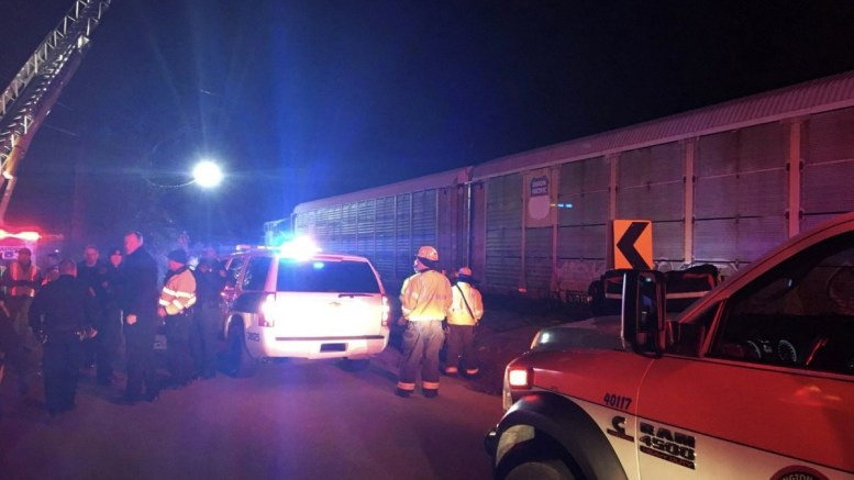 A handout photo made available by the Lexington County Sheriffs Department on 04 February 2018 shows emergency personnel at the scene of a train crash near West Columbia, South Carolina, USA, 04 February 2018. US authorities say that two people were killed and more than 116 injured after an Amtrak passenger train crashed into a CSX freight train and derailed. EPA, LEXINGTON COUNTY SHERRIFS DEPARTMENT HANDOUT