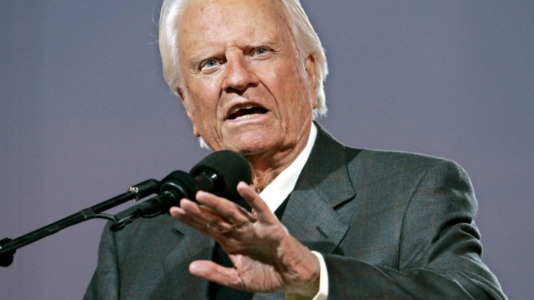 Evangelist Billy Graham speaks at the first night of the Greater New York Billy Graham Crusade, at Flushing Meadows Corona Park in Queens, New York, USA, 24 June 2005. Media reports on 21 February 2018 state Billy Graham has died, aged 99. Graham died at his home Montreat in North Carolina, reports state. EPA, PETER FOLEY