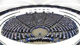 Η Ευρωπαική Ενωτική Αριστερά  τη διεθνή κοινότητα, και ειδικότερα τον ΟΗΕ και την Ευρωπαϊκή Ένωση, να αναλάβουν αποφασιστική δράση εναντίον της 'Αγκυρας.  EPA, PATRICK SEEGER