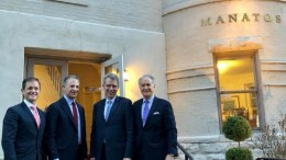Important meeting with US Ambassador to Greece Geoffrey Pyatt and Deputy Assistant Secretary Jonathan Cohen, particularly following Turkey's recent dangerous provocations against Greece and Cyprus. Also on the photo Mike and Andy Manatos. Photo via Facebook / Mike Manatos