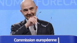 Pierre Moscovici, the European Commissioner for Economic and Financial Affairs, Taxation and Customs gives a press conference on Winter 2018 Interim Economic Forecast in Brussels, Belgium, 07 February 2018.  EPA, OLIVIER HOSLET