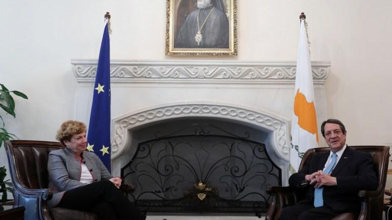 Ο Πρόεδρος της Δημοκρατίας κ. Νίκος Αναστασιάδης δέχθηκε την Πρέσβειρα των ΗΠΑ κα Κάθλιν Ντόχερτι, Λευκωσία 21 Φεβρουαρίου 2018. ΚΥΠΕ ΚΑΤΙΑ ΧΡΙΣΤΟΔΟΥΛΟΥ