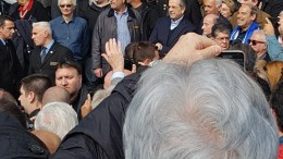 Ο πρώην πρωθυπουργός Αντώνης Σαμαράς στο συλλαλητήριο για τη Μαακεδονία στο Σύνταγμα. Φωτογραφία migantiou.com
