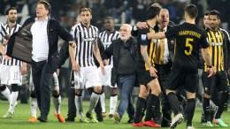 File Photo: Ο πρόεδρος του ΠΑΟΚ, Ιβάν Σαββίδης (Κ), εισέρχεται στον αγωνιστικό χώρο κατά τη διάρκεια του αγώνα ποδοσφαίρου ΠΑΟΚ - ΑΕΚ,. ΑΠΕ-ΜΠΕ,  PIXEL, STR