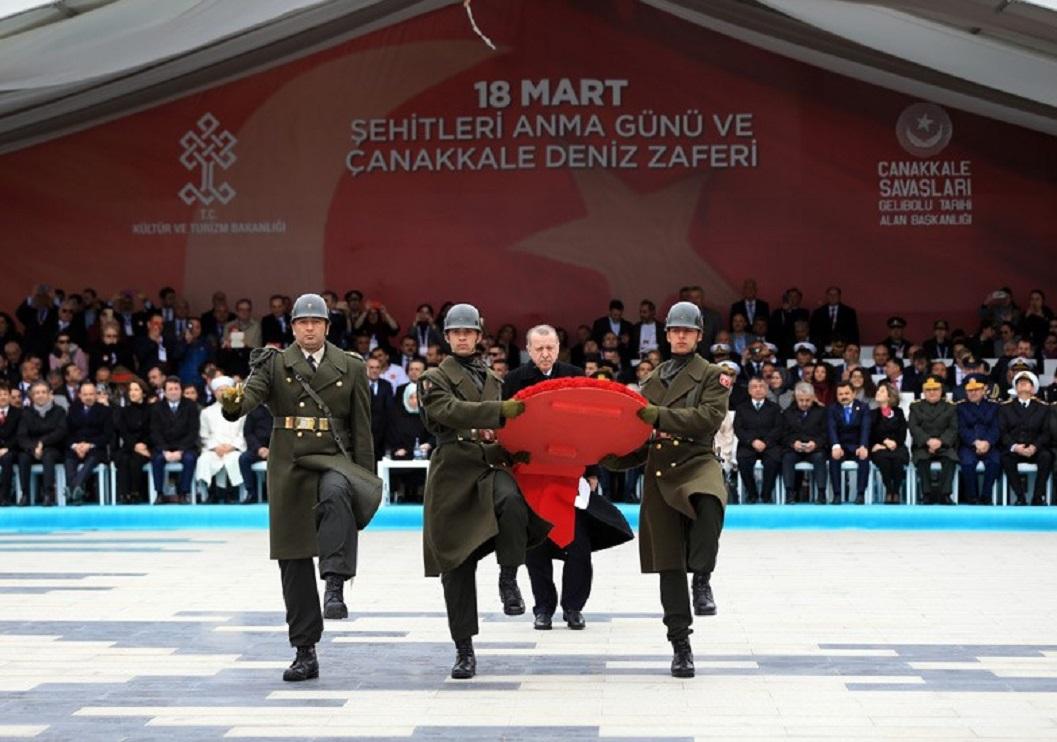 Δεν ακούει κανένα ο Ταγίπ Ερντογάν: Συγκυριακός ο αρραβώνας της Μόσχας και της Άγκυρας