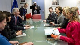 FILE PHOTO. European Union chief Brexit negotiator Michel Barnier (3-L) speaks with Irish 'Sinn Fein' party leader Mary Lou McDonald (3-R) during a meeting at the EU headquarters in Brussels, Belgium. Others are not identified. EPA, VIRGINIA MAYO, POOL