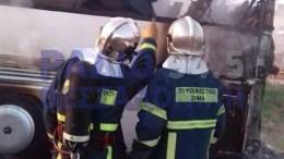 Φωτιά εκδηλώθηκε λίγο μετά τις 6 το πρωί σε λεωφορείο το οποίο ήταν σταθμευμένο σε αύλειο χώρο βενζινάδικου στο Ν.Ρύσιο, ανατολικά της Θεσσαλονίκης. ΦΩΤΟΓΡΑΦΙΑ ΑΠΟ ΤΟ ΡΑΔΙΟ ΘΕΣΣΑΛΟΝΙΚΗ, www.rthess.gr