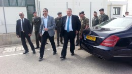 """Επίσκεψη Έλληνα Υπουργού Εθνικής Άμυνας Πάνου Καμμένου στην αεροπορική βάση """"Ανδρέας Παπανδρέου"""", στην Πάφο.  Φωτογραφία ΚΥΠΕ, ΚΙΚΗ ΠΕΡΙΚΛΕΟΥΣ"""