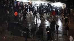 File Photo: Οι οπαδοί του ΠΑΟΚ διαμαρτύρονται για  την ποινή που επιβλήθηκε στην ομάδα για τον αγώνα με τον Ολυμπιακό. ΑΠΕ ΜΠΕ, PIXEL, ΜΠΑΡΜΠΑΡΟΥΣΗΣ ΣΩΤΗΡΗΣ