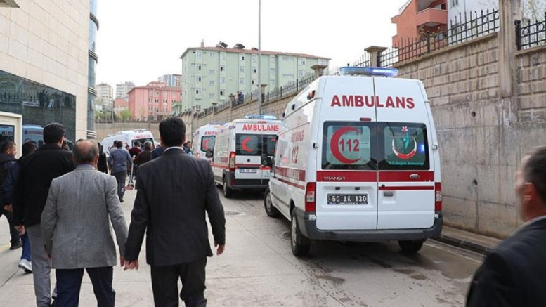 In Siirt Turkey, 6 security guards were killed, 3 security guards and 4 soldiers were wounded in the attack organized by PKK members. The wounded were removed to Siirt State Hospital. (Photo Fecri Barlık, Anadolu Agency)
