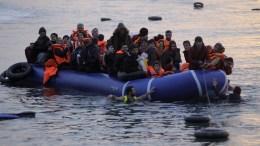 File Photo: Πρόσφυγες φτάνουν στη Λέσβο ΑΠΕ-ΜΠΕ, ΟΡΕΣΤΗΣ ΠΑΝΑΓΙΩΤΟΥ