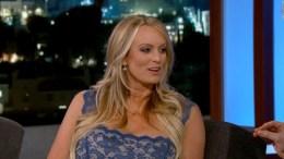 """Η τέως πορνοστάρ Στόρμι Ντάνιελς. Photo via ABC's """"Jimmy Kimmel Live!"""""""