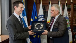 Ο αναπληρωτής υπουργός Προστασίας του Πολίτη Νίκος Τόσκας (Δ), συναντήθηκε με τον Ζακ Βιτκόφσκι, επικεφαλής της Υπηρεσίας Πολιτικής Προστασίας και Διαχείρισης Κρίσεων της Γαλλίας.  ΑΠΕ ΜΠΕ, ΠΡΟΣΤΑΣΙΑΣ ΤΟΥ ΠΟΛΙΤΗ, STR