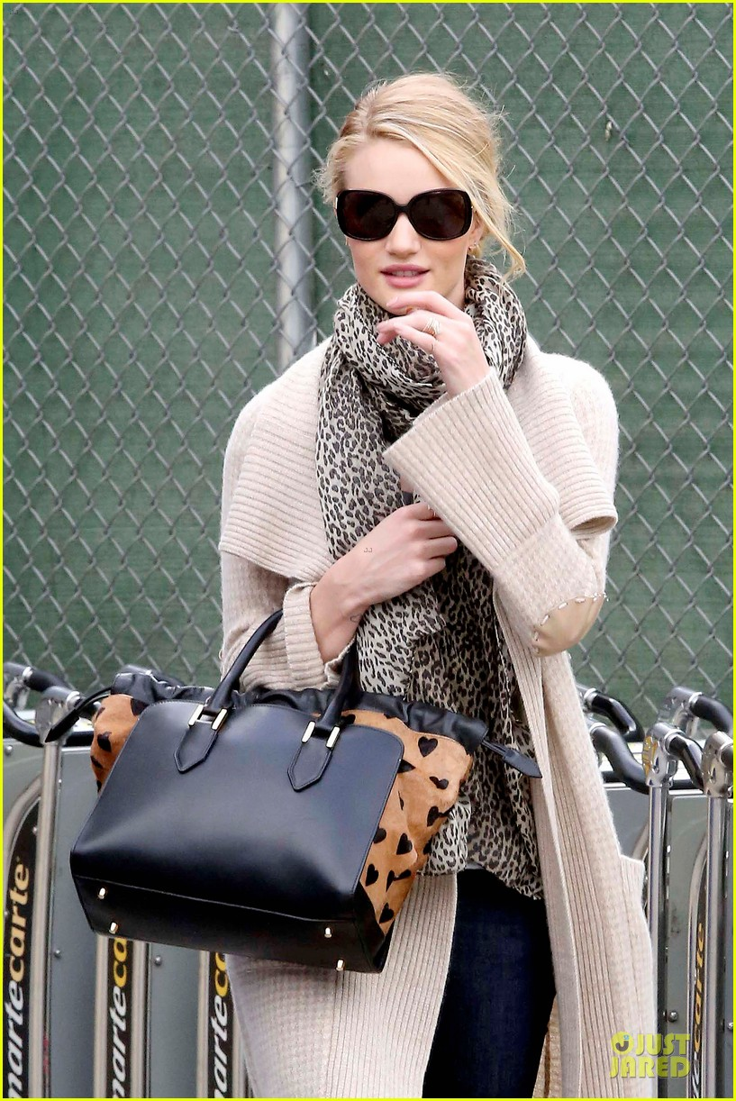 rosie-huntington-whiteley-la-london-style-are-different-06