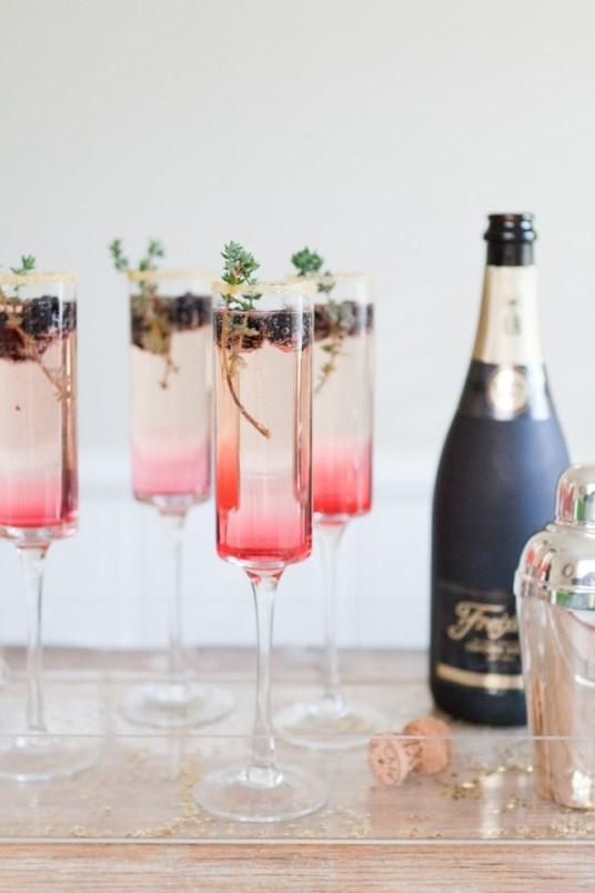 ... chic champagne et mûres brides cocktail champagne eau de rose et