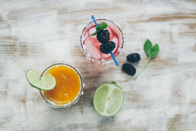 Margarita recipe with mango and blackberry