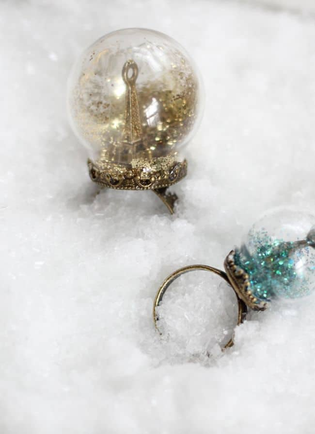 Glitter Snow Globe Ring | HelloGlow.co