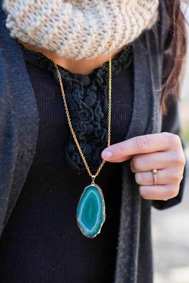 Agate DIY Pendant Necklace | HelloGlow.co