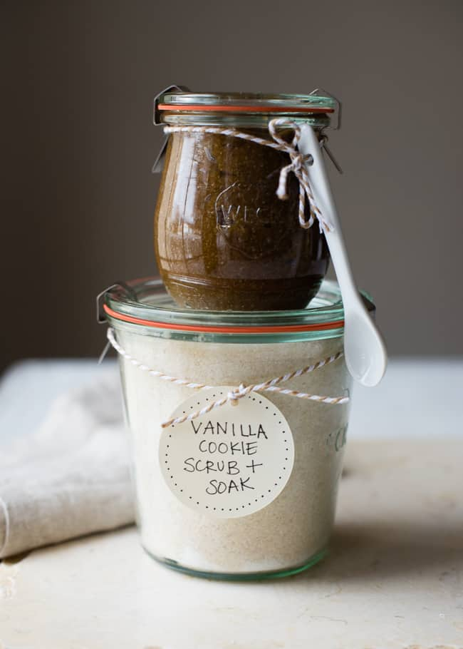 11 Homemade Beauty Gifts Everyone Will Love - Sugar Scrub