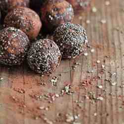 12 Healthy Chocolate Recipes to Indulge In