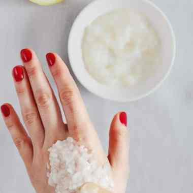 DIY: Natural Age Spot Remover for Hands