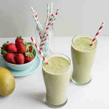13 Beauty Smoothie Recipes for a Glowing 2016