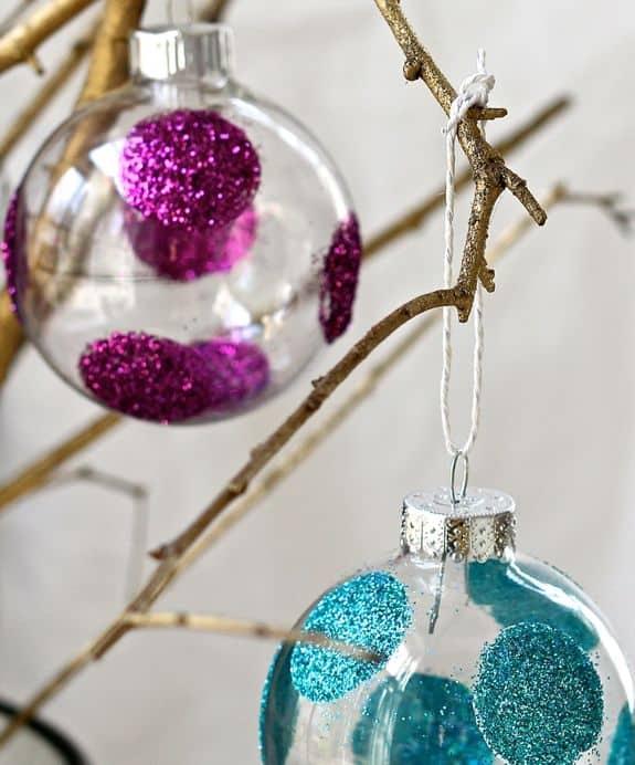 DIY Polka Dot Glitter Ornaments | HelloNatural.co